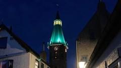 Ludieke grap: kerktoren kleurt groen